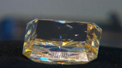 CTV-yellow diamond